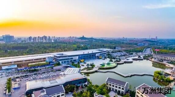 森林公园,奚仲广场,锦阳河景观带相继建成,市民休闲有了好去处;湖景
